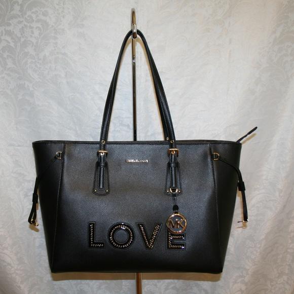 e9dafe03f19a04 MICHAEL Michael Kors Bags | Michael Kors Voyager Lg Mf Top Zip Black ...